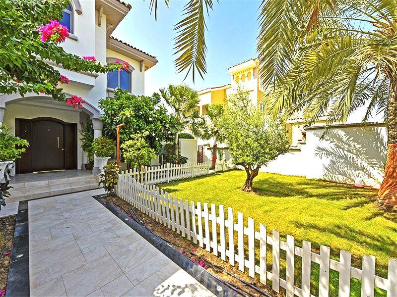 Upgraded, 4BR Villa + Maids + Pool + Garden, The Palm